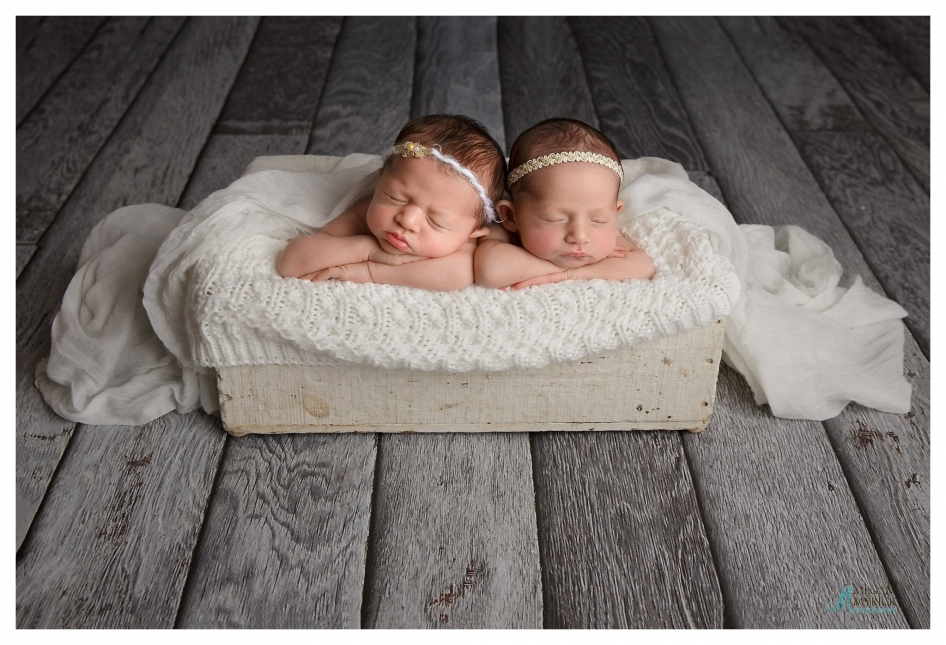 Richmond Hill Newborn Photographer | Megan Myrick Photographer | www.meganmyrickphotography.com
